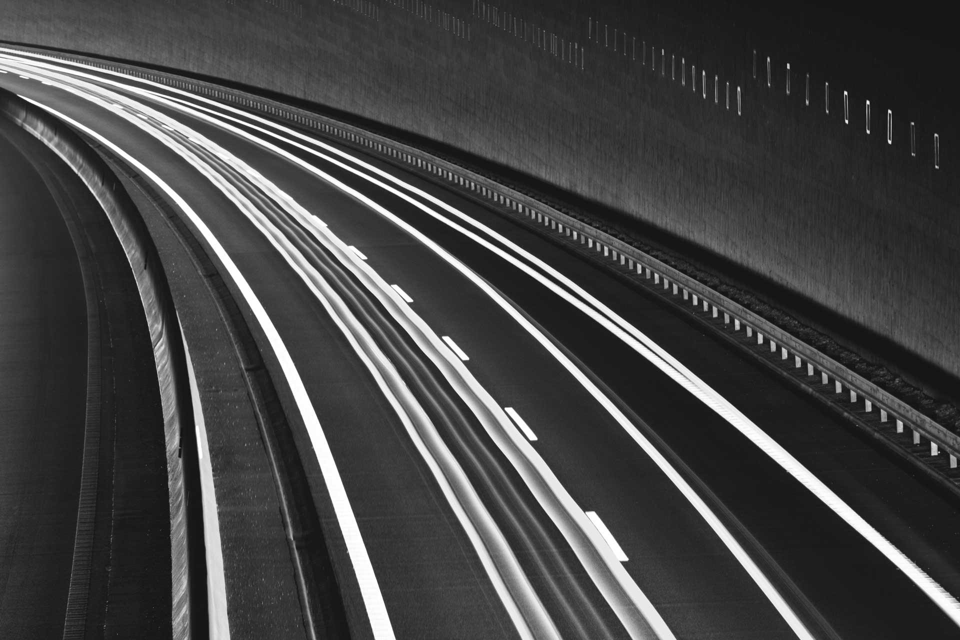Distributori Nazionali Strada Velocità Grande Distribuzione